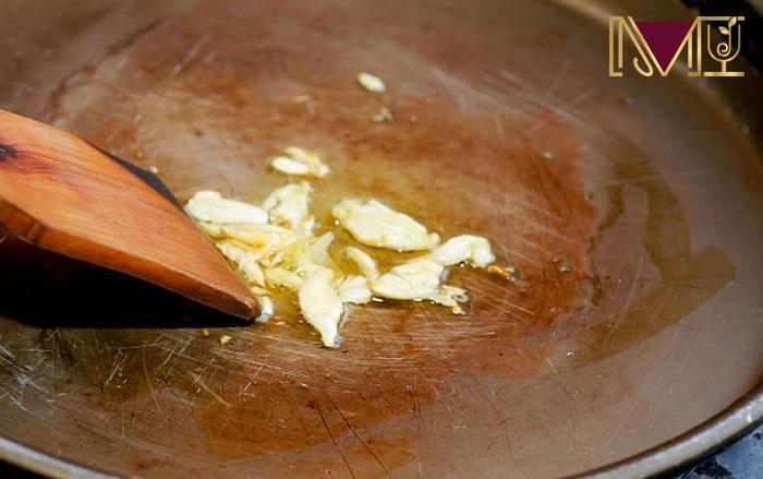 Hãy xay tỏi và chờ 10 phút rồi hãy nấu để bảo toàn allinase
